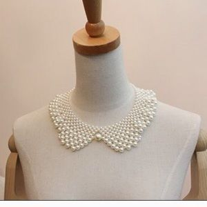 NEW Pearl like Peter Pan collar necklace
